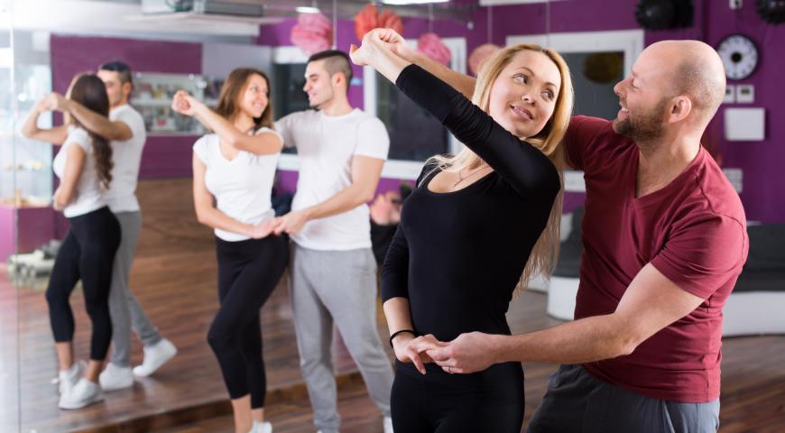 Workshops für Discofox, West Coast Swing und Salsa finden